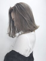 マットアッシュ_ヘルシーレイヤー黒髪ベリーショート_ba70206