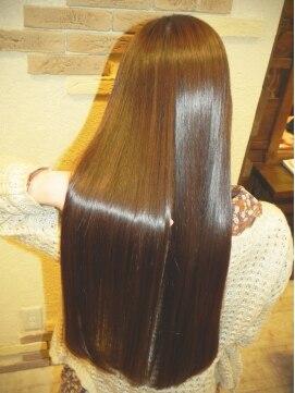ヘアーアンドスパ リルト(Hair&Spa Lilt.)*Lilt.* ストレート