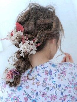 オルガ ヘアアンドメイク(Oluga hair&make)の写真/【パーティーヘアセット¥3850】大事な日のお手伝い♪崩れにくく時間が経っても可愛さキープ!視線を独り占め