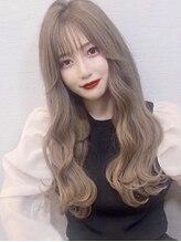 """シェルハ(XELHA)大人かわいい上品で綺麗な透明暗髪""""セミロング"""""""