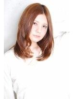 クーナ ヘアアンドギャラリー(Cuna hair+gallery)人気殺到!!センターパートのナチュラルミディ