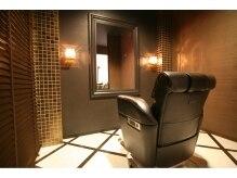 ドゥワドフェアイラ(Doigt de fee ISLAY)の雰囲気(ゆったり個室で贅沢なひと時を過ごせる人気のVIPルーム。)