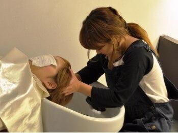 レコジョ(Recojo)の写真/ゆったり過ごせる平日は、【Biove美髪SPA45分¥3980】♪全身をゆだねて頭皮ケア&癒しを…☆