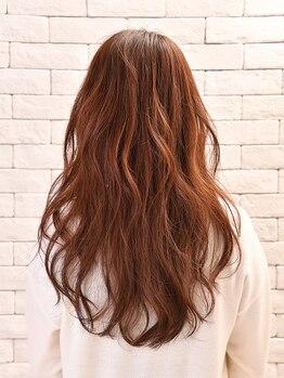リトア(Litoa)の写真/32通りのトリートメントから<なりたい髪質・質感>に合わせてケア♪年齢を重ねるごとに増える悩みにも。