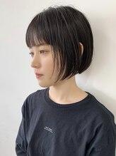 フィル(fil)黒髪/ミニボブ