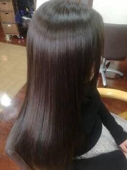 ダブル 縮毛矯正サロン(DOUBLE)の写真/【カット+漢方カラー+オーガニックTr¥7800】ナチュラルな透明感と柔らかな質感は上品な女性らしさを演出。