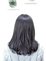 フォルカ ドゥ ヘアドレッシング(FORCA deux hairdressing)暗髪×インナーカラー