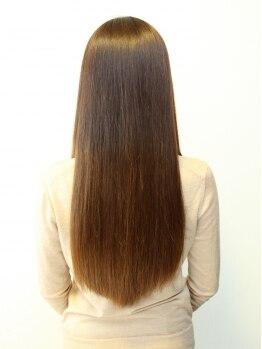 ドール(Doll)の写真/【初回 カット+縮毛矯正¥12000】うねり毛や広がりなどクセ毛でお困りの方!しっかり伸ばしてツヤツヤ美髪♪