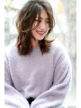 ヘアアンドライフシー(HAIR&LIFE C)【HAIR&LIFE C】大人女性のひし形シルエット×ふわミディ