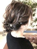 ヘアアンドメイクフリッシュ(HAIR&MAKE FRISCH)シニヨンアレンジ