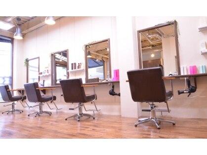 ヘアーズベリー 六地蔵店 (hairs BERRY)の写真