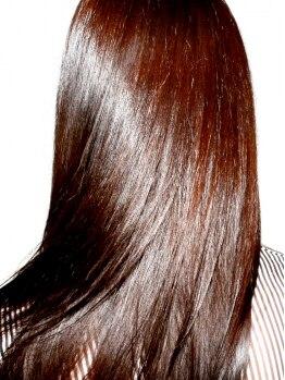 ヘアメイクサロン ブーム ヘアデザイン(boom hair design)の写真/【カット+カラー+4STEP Tr】93%自然由来成分の【AVEDA】使用のカラー。深みある艶やかな仕上がり♪