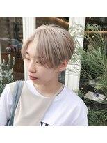 チカシツ(Chikashitsu)white hair handsome short