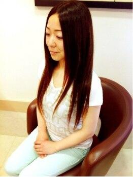 ルースヘアー(LUZ HAIR)の写真/ナチュラルストレートも綺麗に…☆お客様の髪に合せてトリートメントを調合。仕上がり感に差がつく!!