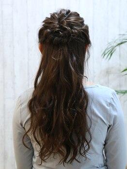 モンクール ファム(mon coeur femme)の写真/特別な日にとっておきのヘアスタイルをお届け♪ダウンスタイル~華やかなアップスタイルまでお任せ下さい☆