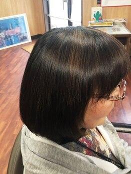 髪屋の写真/フルボ酸配合天然水入りヘナカラー使用♪最大限にダメージレスなカラーで続ける程に艶やかな仕上がりに◎