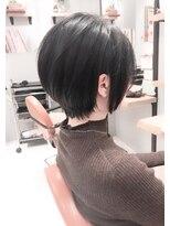 10代20代30代40代小顔ひし形黒髪大人可愛いショートヘアスタイル
