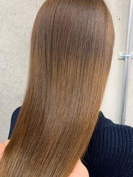 ベル(Bel)の写真/自然な仕上がりで艶感UP&低ダメージストレートで数年後も輝ける、指通り◎のツヤ髪ストレートスタイルへ…