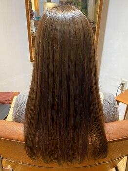 ボタニカ(Botanica)の写真/【髪質改善】驚異の艶感とまとまりを叶えてくれるプレミアムトリートメント。思わず触れたくなるような髪へ