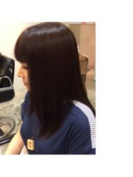 フルハウス (Full house HAIR DESIGN)上品な美髪ストレート