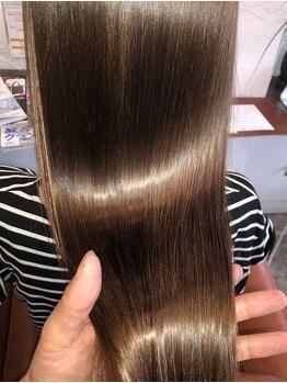ザゲスト(THE GUEST CARE)の写真/極潤生コラーゲントリートメントでダメージ知らずの絶品まろやか質感に…♪憧れの美髪が叶う!