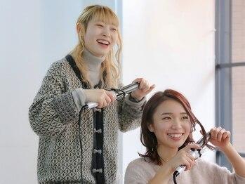 アトリエ ジジ(atelier ZiZi)の写真/今その時だけじゃなく、未来の髪も大切にするZiZi。話しやすい雰囲気でお悩みも丁寧に対応し最善のケアを◇
