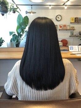 ニジ ヘアメイク(Niji hair:make)の写真/雨の日でもお手入れが楽な自然に仕上がる縮毛矯正☆ダメージのある毛先も驚くほどキレイにまとまります!