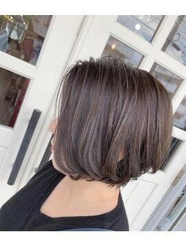 ヘアアンドメイクグラチア(HAIR and MAKE GRATIAE)【11トーン】モノトーングレージュ