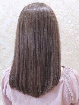 グランヘアー 大町店(GRANHAIR)の写真/《炭酸泉トリートメント》で髪のケア+頭皮ケアでスッキリ効果も♪みずみずしく潤いのあるツヤ髪が叶う★