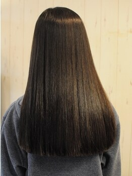 ヘアーズ テリア(hair's Teria)の写真/一人ひとりの髪質や悩みに合わせて薬剤を調整☆切れ毛や枝毛のお悩みを解決し、艶・弾力を取り戻します。