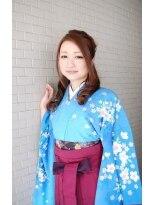 卒業式の袴ハーフアップ画像