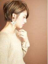 ベック ヘアサロン(BEKKU hair salon)片耳をかけてスッキリ☆見せる、モードなクールショートヘア