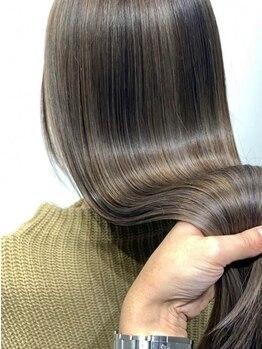 ゼロイチ ヘアームゲン(#01 hair & ∞)の写真/【美髪エステで極上の手触りへ…】パサついた髪もするっとまとまる!いつものスタイルも長時間キープ♪