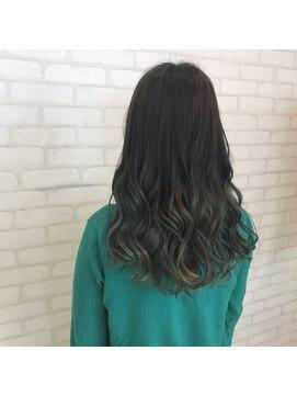 ビス ヘア アンド ビューティー 西新井店(Vis Hair&Beauty)オリーブグレージュ/グラデーション/レイヤーカット/ナチュラル