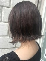リコ ヘアアンドリラクゼーション(LICO HAIR&RELAXATION)【LICO】暗髪カラーと切りっぱなしボブ