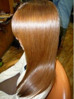 美容室ルーム(Room)の写真/厳選された上質メニューが充実◎理想の髪質に合わせて選べる《プレックストリートメント》取扱い♪