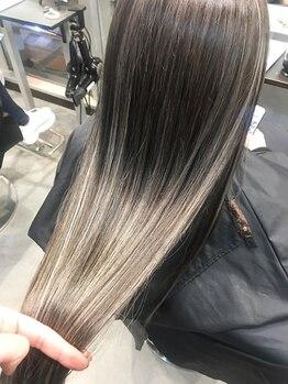 オリ('Oli)の写真/【髪質改善TR】話題のTOKIO&酸熱トリートメント導入◎ダメージを徹底改善!本来の潤い溢れるツヤ髪へ。