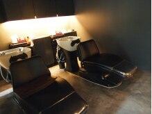 ヘアーデザイン プリル(Hair Design Plir)の雰囲気(ベッドのように横になれるシャンプー台。ゆったりできる空間です)