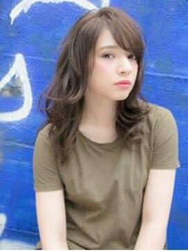 リリアン ギンザ(relian GINZA)軽めバングがポイント☆動きのあるミディアムスタイル♪