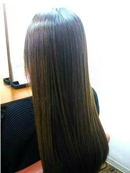 ラポールヘア 巣鴨店(RAPPORT HAIR)の写真/髪のお悩みを解決!オリジナル縮毛矯正『さらつやヘア』で自然な仕上がりに♪触れたくなる髪へ導きます…