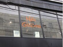 ヘアー ガーデンズ(HAIR GARDENS)の雰囲気(ガラス張りの窓からは明るい陽射しがいっぱいに♪)