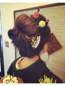リールイット(rire et.)日本髪風スタイル