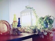 フィオレ(fiore)の雰囲気(ナチュラルアンティーク雑貨とアロマ香る落ち着いたくつろぎ空間)