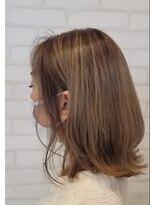 ビス ヘア アンド ビューティー 西新井店(Vis Hair&Beauty)ハイトーン/バレイヤージュ/ミルクティー/外ハネ/ボブ/ベージュ