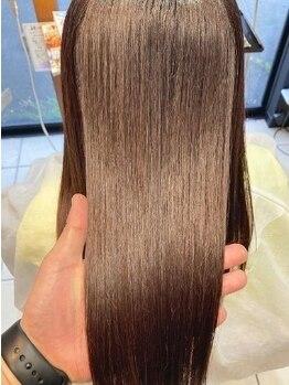 ヘアメイク バレッタ(HAIRMAKE VALETTA)の写真/【北久米駅すぐ】人気のオーダーメイドケアTr《Aujua》で髪質改善♪いつも触れたくなる艶やかな髪質へ―