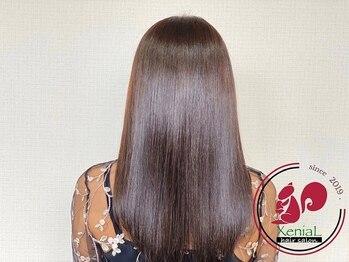 ジニアル(XeniaL)の写真/『oggiotto』取り扱い店!【XeniaL】の『コスメ縮毛矯正』で扱いやすく、まとまるうるツヤ美髪に。