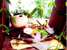 パルバ(PARVA)の雰囲気(サロンの一角には アンティーク調のハンドメイドボールペン!)