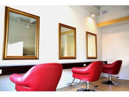 ヘアアンドメイク ニア 新石切店(Hair&Make Near)の写真