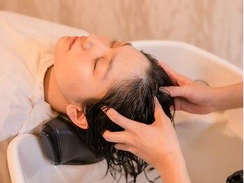 たさわ堂Amoの写真/髪の根元からケアし生えてくる髪をより美しく―たさわ堂の本格Aujuaヘッドスパで頭皮から髪を変える。