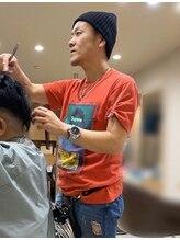 ヘアサロンアンドヘアメイクディー(hair salon hair make D)横山 秀崇